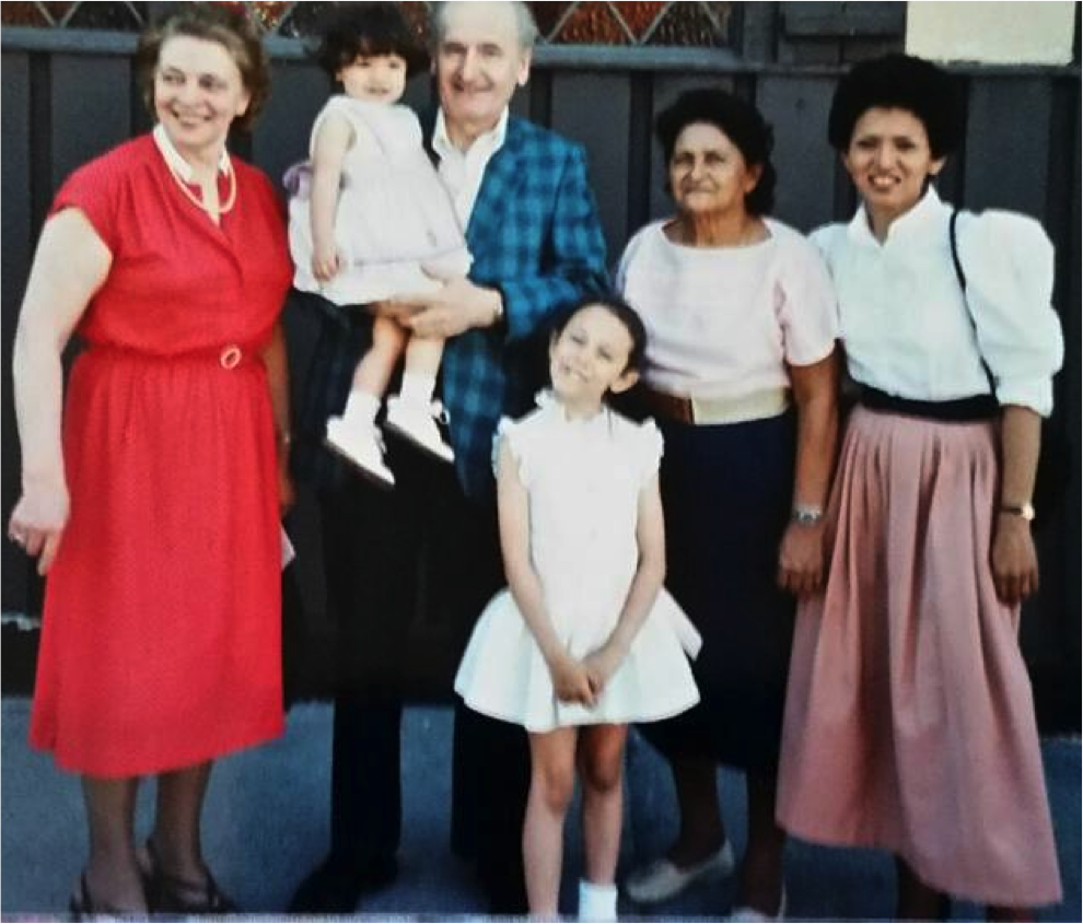 Naomi Doerner (center) with her family