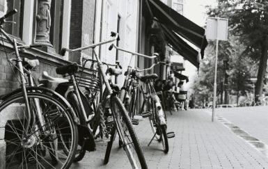 The forgotten radical history of bike sharing