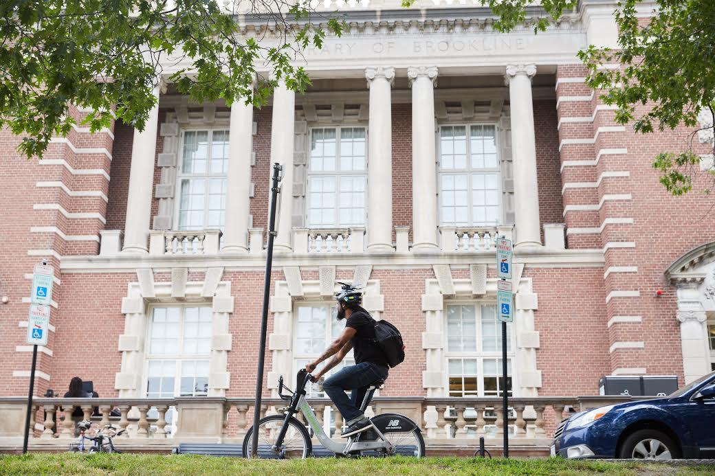 Boston Hubway rider