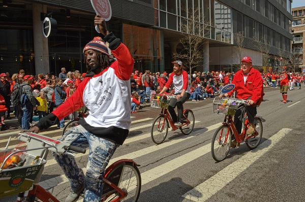 Cincinnati Red Bike parade